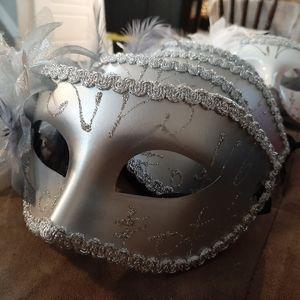 24 Costume Masks